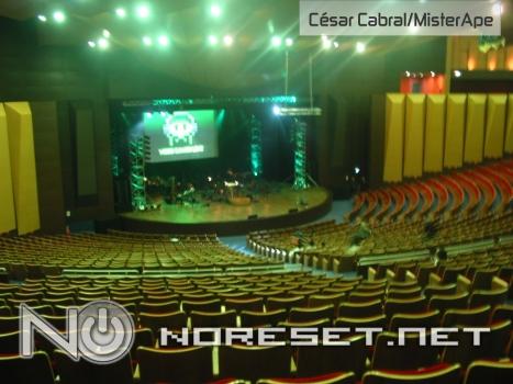 O show aconteceu no maior teatro do Paraná