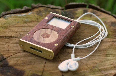 wooden-ipods
